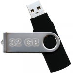 32 GB USB Stick.